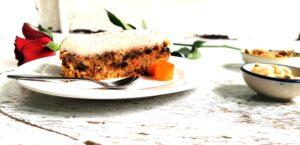 raw carrot cake